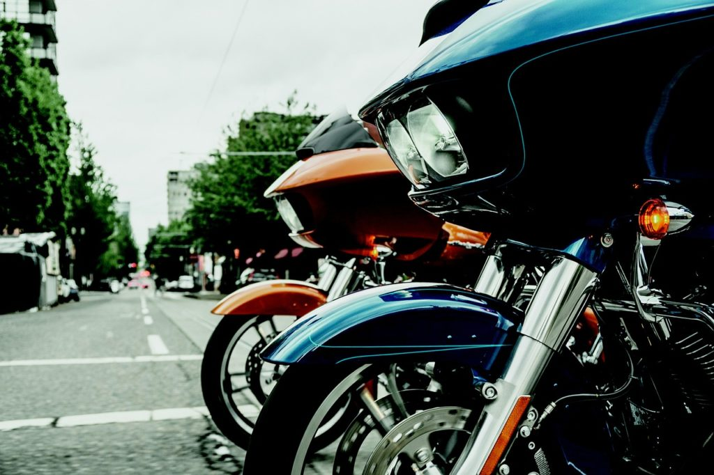 Some motorcycles are simply too heavy for beginner motorcycle riders image